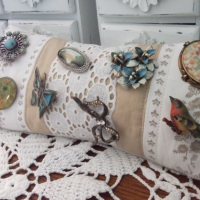 Frou-Frou Jewelry Cushion