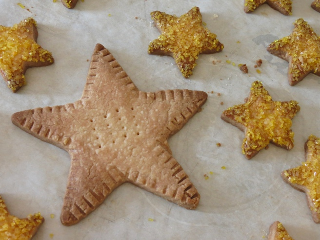 You can also use a large star cookie cutter. Crimp the edges with a fork, and prick the center several times.